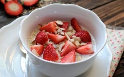 Strawberry and quinoa breakfast bowl