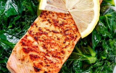 Warm salmon, kale, sesame & ginger salad