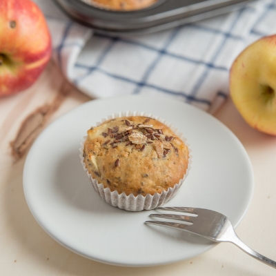 Apple bircher muesli muffins