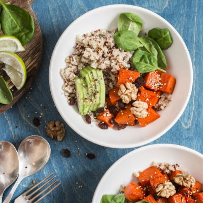 Quinoa with squash, spinach & avocado