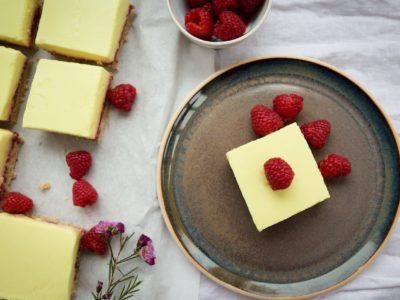 Lemon & raspberry slices – vegan & gluten-free